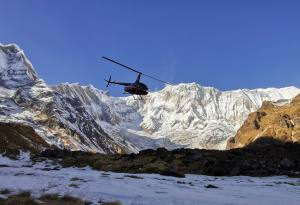 ABC-helicopter-tour-nepal