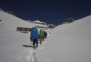 Annapurna Circuit Trek: Fact, Cost, Guide and Itinerary