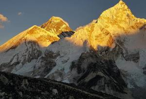 Everest Base Camp Trekking Info, Guide, Cost, Best Seasons and Itinerary