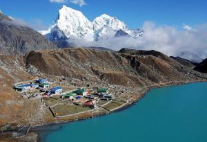 Everest Gokyo Lake Trek: Best Seasons, Guide, Cost and Itinerary