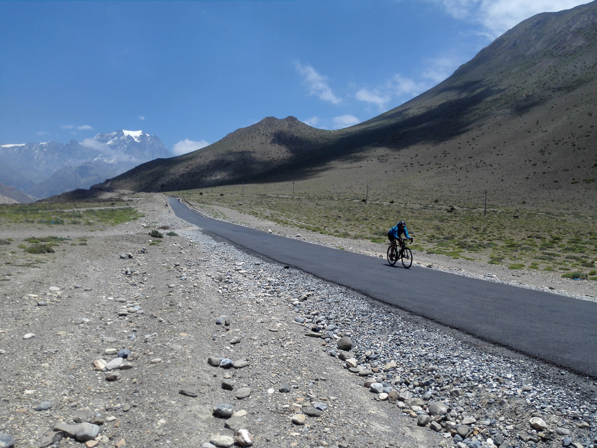mustang-mountain-bike-tour-in-nepal