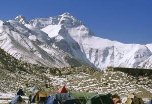 Mt. Everest base camp trek (South) vs Mt. Everest base camp trek (North)