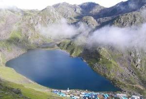 What to Pack for Langtang Valley Gosaikunda and Helambu Trek?