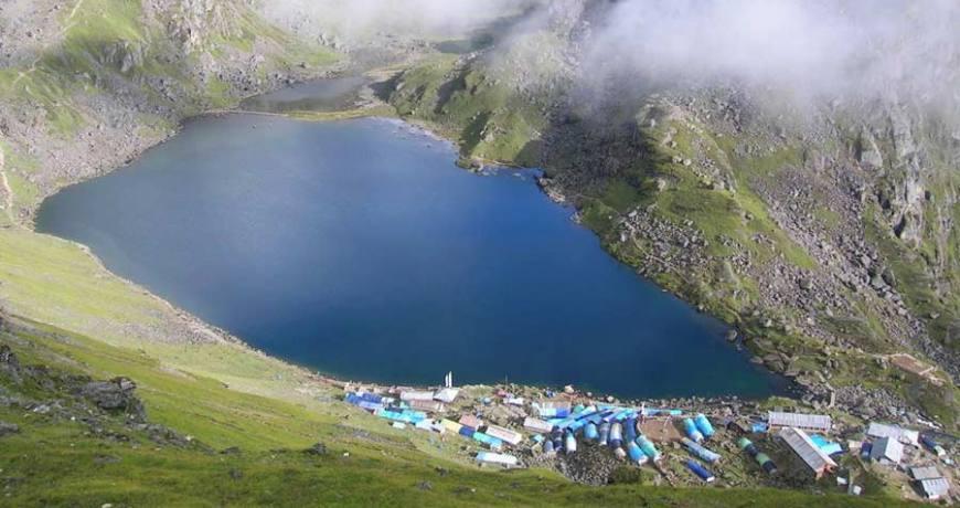 Gosaikunda Lake (4380 meters)