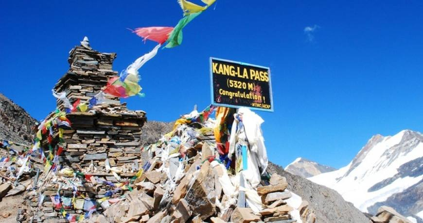 Kang La Pass (5320 meters)